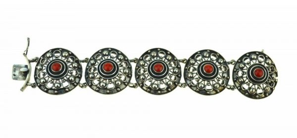 Bratara de argint cu coral, ornamente elaborate, atelier german