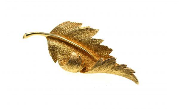 Brosa Coro vintage, placata aur, model Leaf, colectie anii 1950